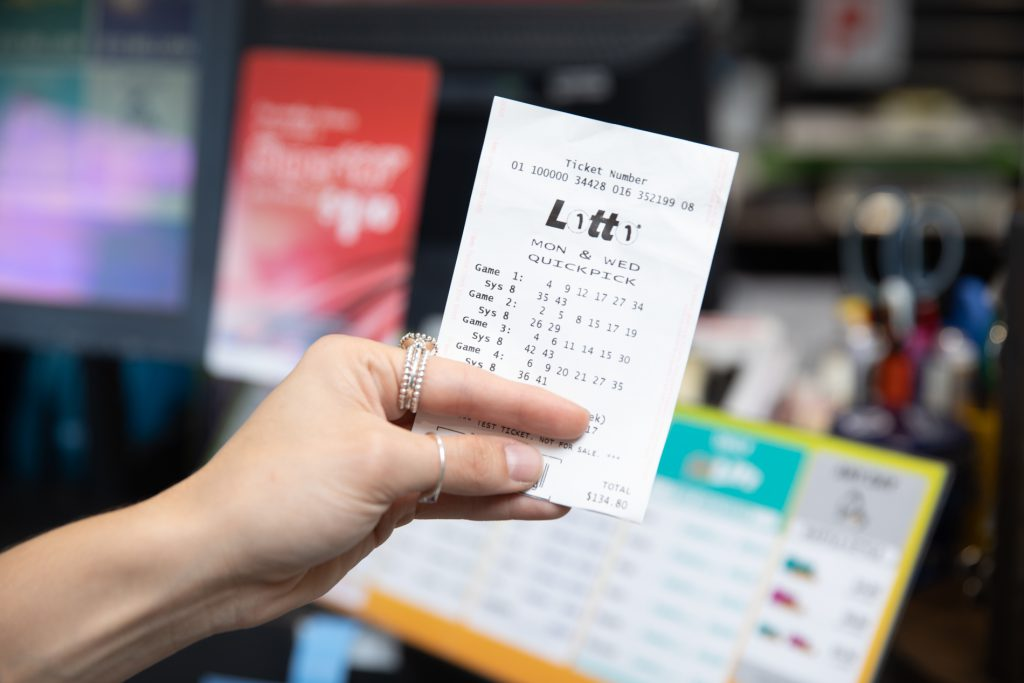 10 Wollongong Shoppers Share Monday Lotto Million-dollar Win