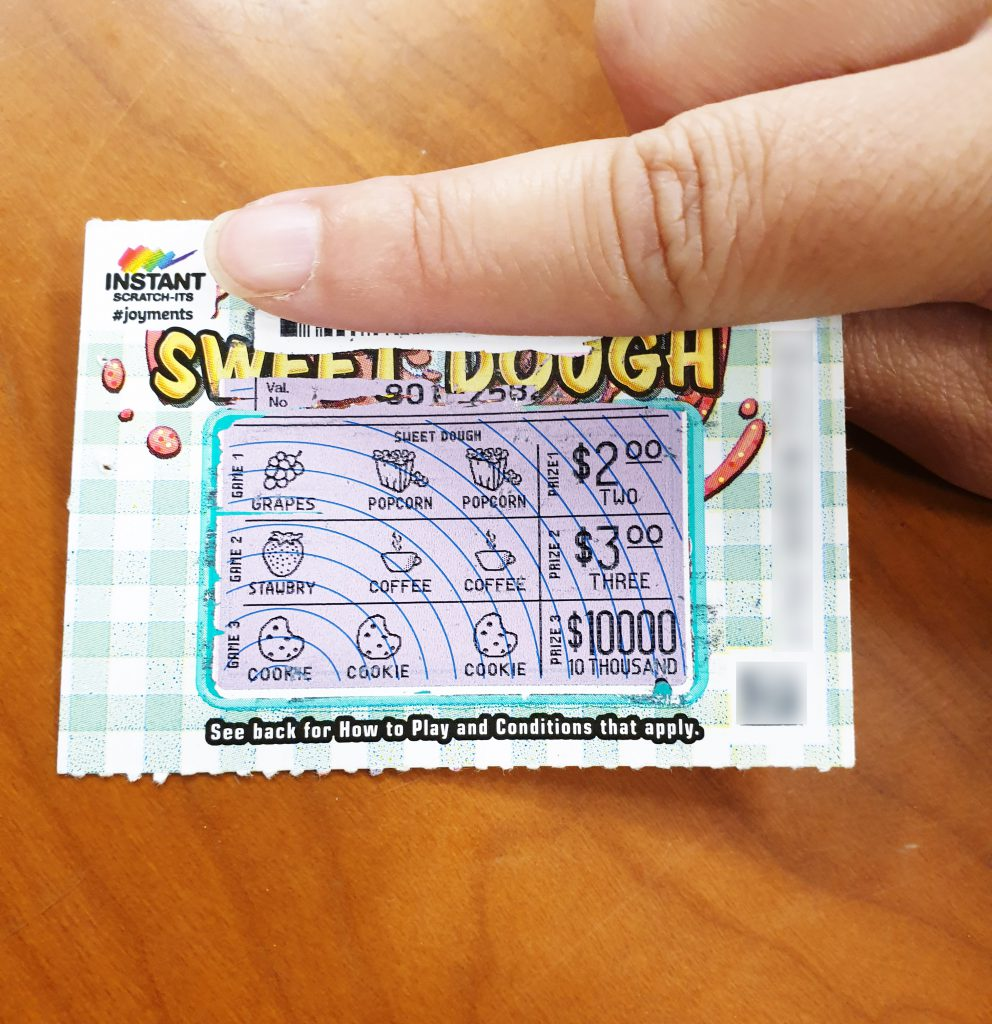 lake haven mum discovers sweet 10 000 win while on work. Black Bedroom Furniture Sets. Home Design Ideas
